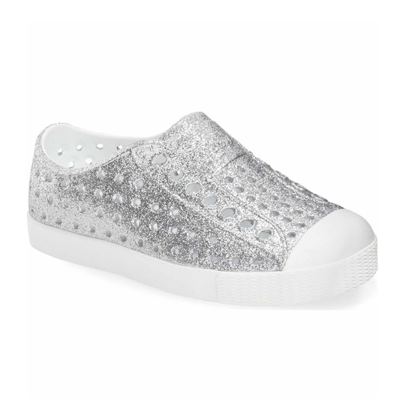 569485a8b4727 Native Jefferson Bling Glitter Slip-On Sneaker. M 5af647bc72ea8807304ab00e